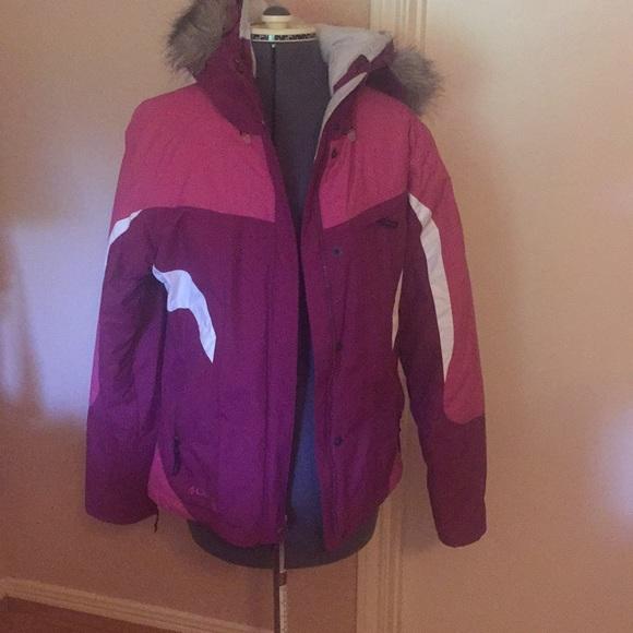 Columbia Ski/Snowboard Jacket with fur trim